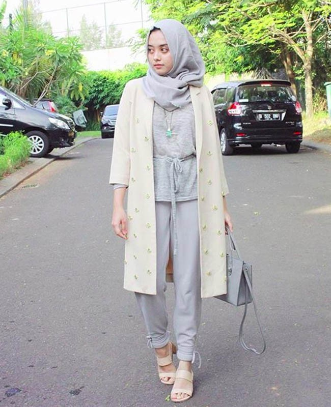 50 Inspirasi Gaya Hijab Selebgram