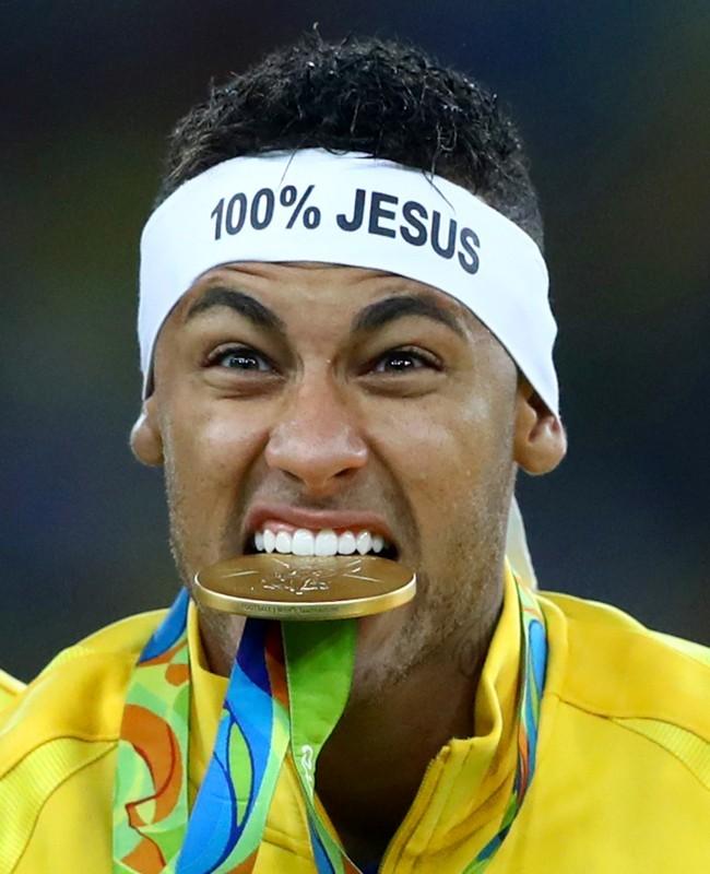 Emas Neymar untuk Brasil