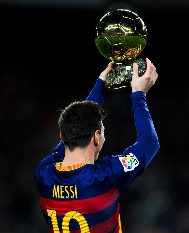 Messi Pemain Terbaik Dunia