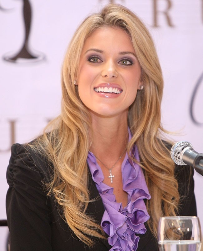Kontestan Miss USA Carrie Prejean
