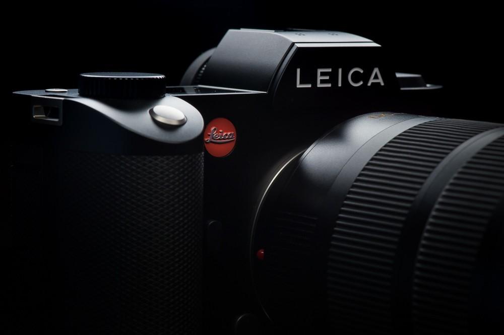 Leica SL (Typ 601) - Rp 99 juta