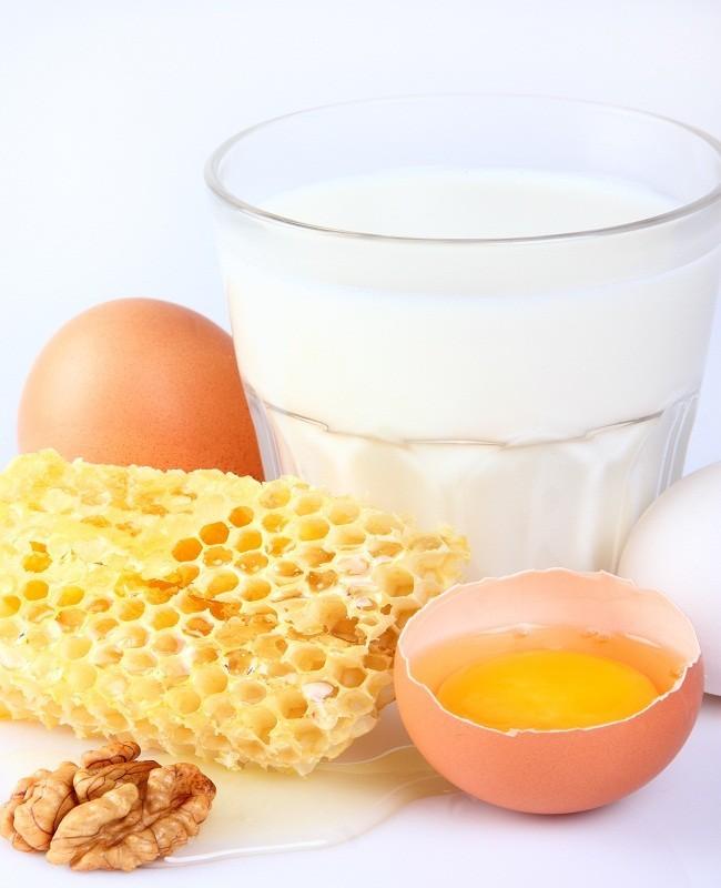 Kombinasi Madu, Susu, Telur
