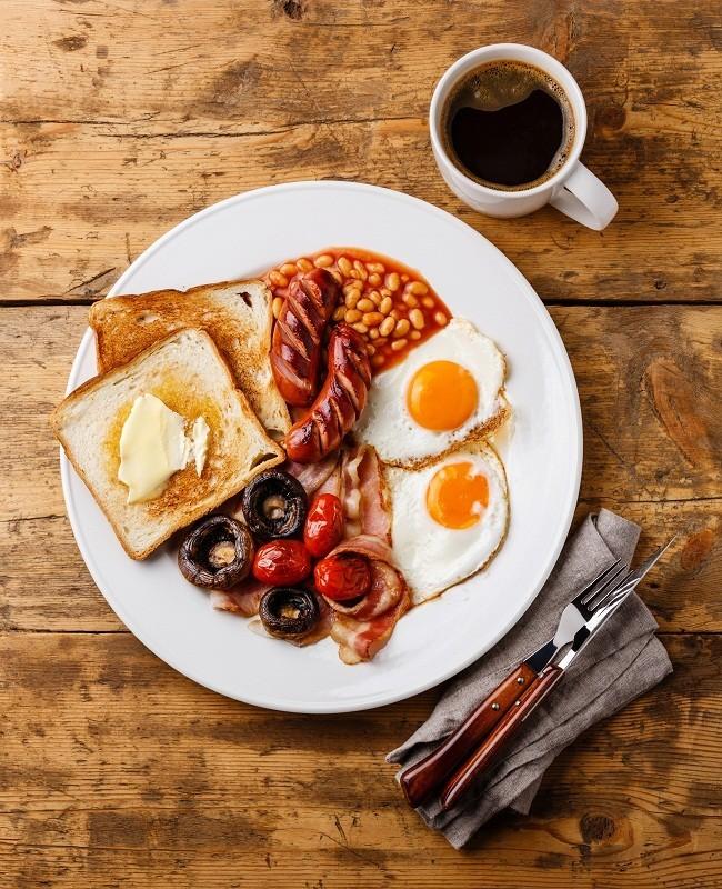 Melewatkan waktu sarapan