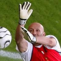 Barthez: Lupakan Zidane