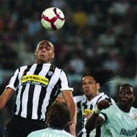 Juve Tekuk Lazio 2-0