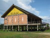 BETANG. Rumah Betang, rumah adat Dayak yang dapat dikunjungi dan ditemukan di kota Singkawang.