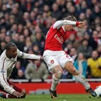 Wasit Sukses Bikin Wenger Kecewa