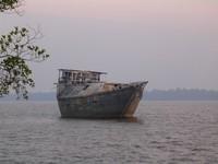 Kondisi kapal karam pertama kali saya mengunjungi Jungkat Beach