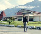 Sambutan Hangat di Perbatasan Papua, Welcome Mister!