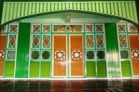 Arsitektur Masjid Sultan Suriansyah yang anggun dan terawat baik