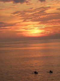 Senja emas yang cantik