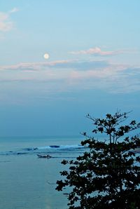 Pantai Cibuata di pagi hari