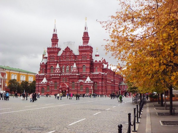 Red Square menjelang musim semi
