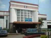 Stasiun lama Bandung (alampriangan.wordpress.com)