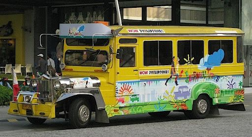 Jeepney (manila-photos.blogspot.com)