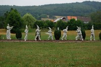 Patung Putri Salju dan Tujuh Kurcaci (cabinetdesfees.com)