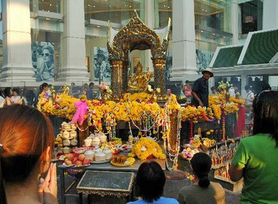 Ini Dia Tempat Minta Jodoh di Thailand