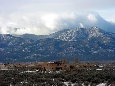 4 Kota Pegunungan dengan Panorama Seindah Lukisan