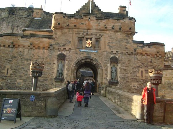 Gerbang Utama Edinburgh Castle