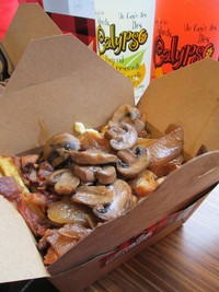 Country Style Poutine