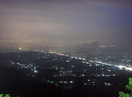 Malam Paling Cantik & Romantis di Bukit Bintang Gunungkidul