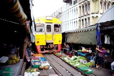 Ngeri! Pasar di Thailand Paling Berbahaya di Dunia