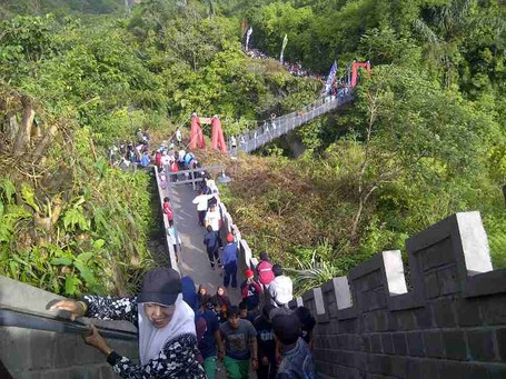 Tak Hanya China, Bukittinggi Juga Punya Great Wall