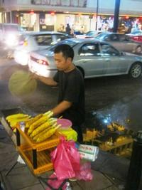 Penjual Jagung Bakar