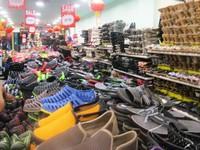 Toko sepatu murah di Bukit Bintang