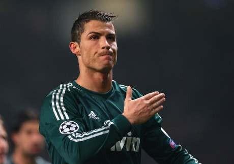 Ronaldo \Kubur\ MU di Old Trafford