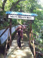 Ini Pantai-pantai di Ambon yang Sungguh Manise