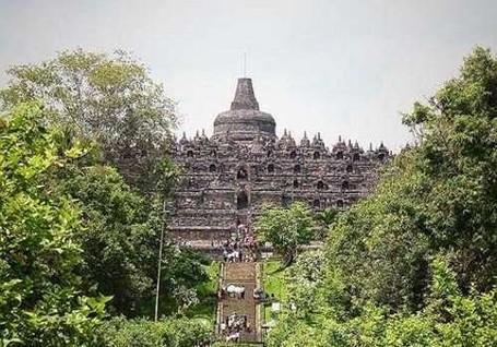 Setelah Tiket Borobudur Naik, Jumlah Turis Malah Meningkat