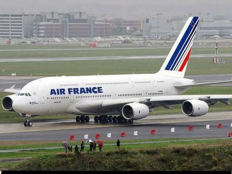 Wisata ke Paris Makin Mudah dengan Pesawat Air France