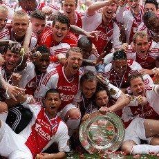 Hantam Willem II, Ajax Juara Liga Belanda