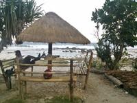 Bisa bersantai juga di Pantai Pidaan