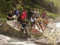 Bertemu wisatawan Meksiko di Air Terjun Kali Pahit