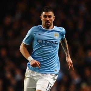 Perpanjang Kontrak dengan City, Kolarov Bidik Juara Liga Champions