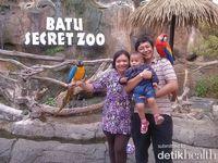 Ceria bersama burung Kakatua yang pintar @Batu Secret Zoo, Malang
