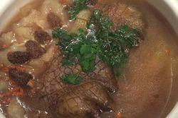 Kuliner Ekstrem dari Singapura: Kaki Buaya