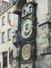 Jam astronomi ini bisa menunjukan waktu jam, zodiak, posisi bulan dan matahari. Semua dirancang dengan sangat rumit namun bisa dipadukan secara unik (Indra Subagja/detikTravel)