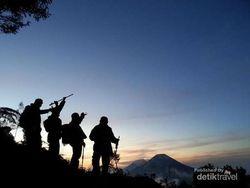 5 Gunung yang Bisa Didaki Dalam Satu Hari Saja
