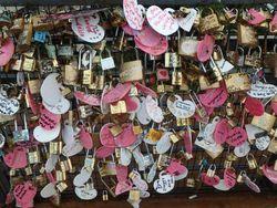 Gembok Cinta Ala Malaysia