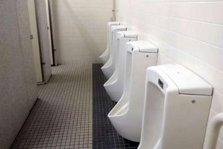 UKM Toilet Bersih Akan Diwujudkan Kemenpar Mulai Oktober