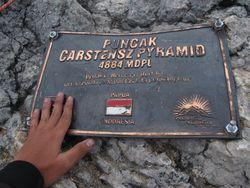 Hari ke-17: Rahasia Penting Usai Meraih Puncak Carstensz