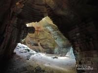 Guratan dinding peninggalan zaman Majapahit