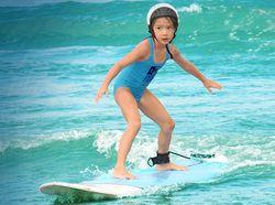Menginap di Hotel Nyaman di Bali Sambil Belajar Surfing