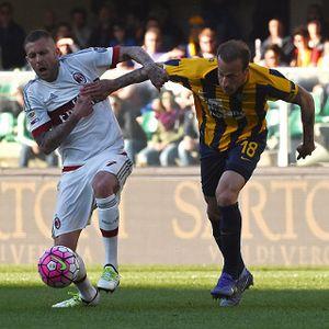 Gol di Menit Akhir Bikin Milan Kalah