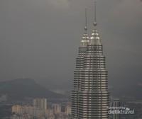 Menengok Menara Kembar Tertinggi Sedunia di Malaysia