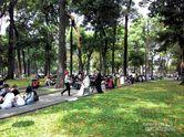 Enaknya Taman Kota di Ho Chi Minh