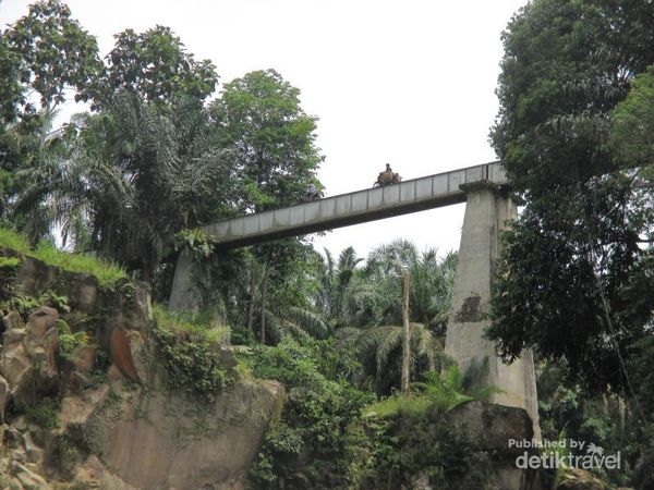 Ngeri, Jembatan Tanpa Pengaman Di Sumatera Utara